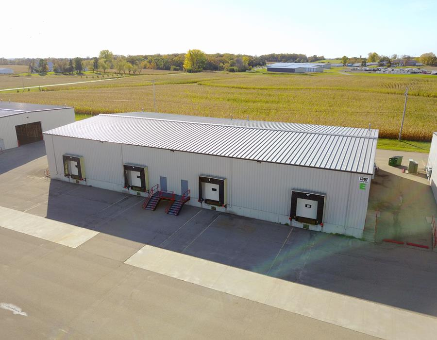 6,000 SF For Lease 1367 Planeview Dr., Oshkosh, WI 54904 2