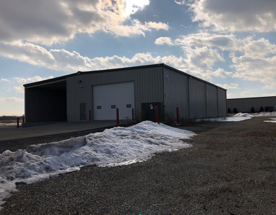 Oshkosh space for lease